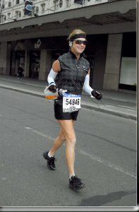 Cherry in Paris Marathon mid stride